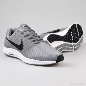 NEW  Nike Downshifter 7 Mens Running Shoe